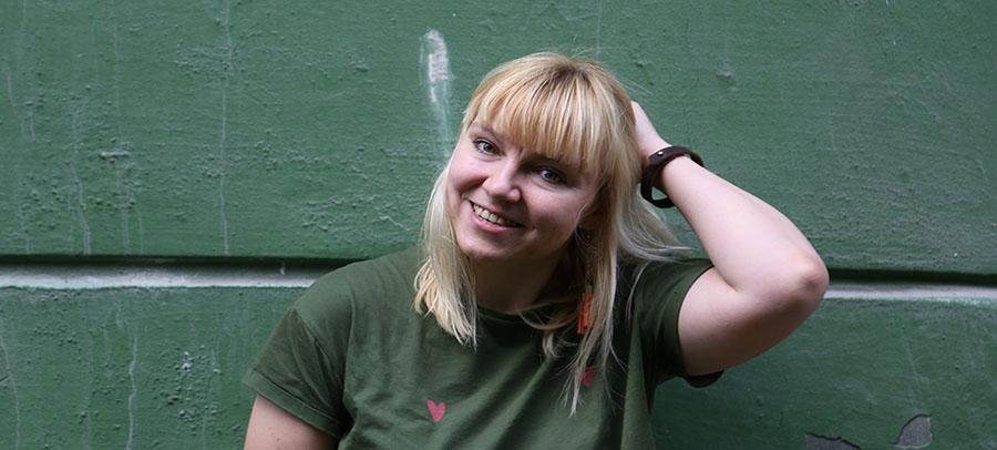 Анна Яковлева: «Книги — это не проблема, не воспитание, не знамя и не лозунги» - рецензии и отзывы читать онлайн